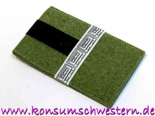 smartphone cover felt green - MUSIC TAPE