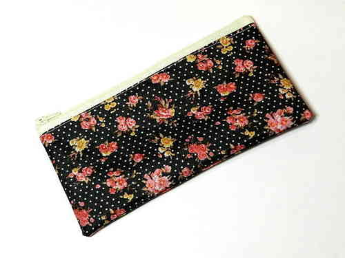 "pencil case flat ""ROSES ON BLACK"" PVC Ripstop"