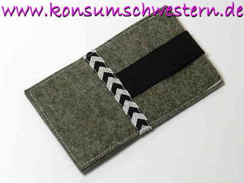 cell phone cover felt - SPARKLING ARROWS grey