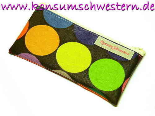 pencil case flat - HAPPY DOTS ON BLACK coated