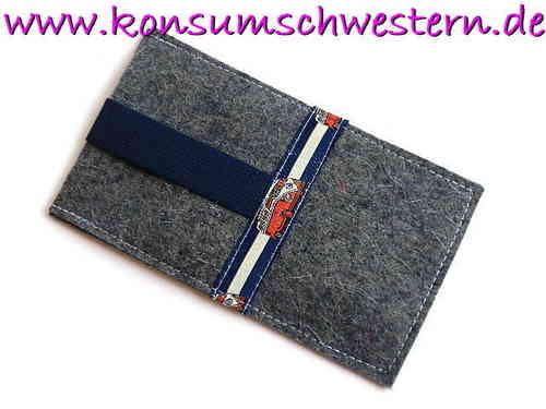 smartphone cover felt - BUS ON BLUE - grey
