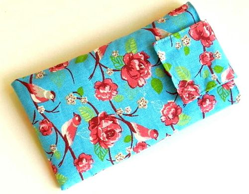 phone cover - BIRDS AND ROSES TURQUOIS - strap