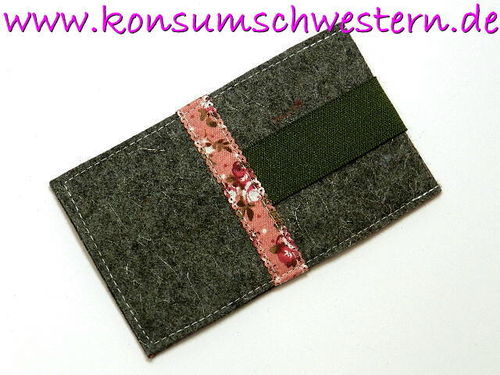 smartphone cover felt - FLOWERS ON PINK - grey