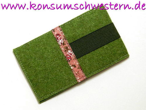 smartphone cover felt - FLOWERS ON PINK green