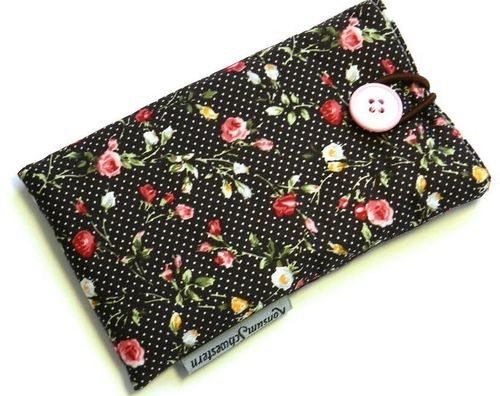 smartphone cover - ROSES ON DARK BROWN button